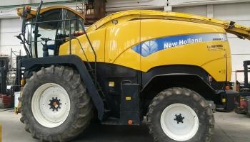 Trincia Semovente New Holland  FR9060